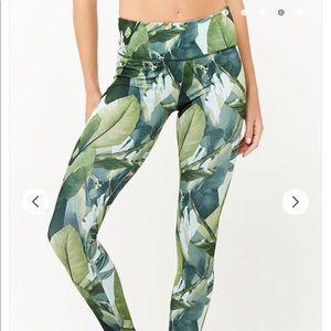 Active Palm Leaf Print Leggings